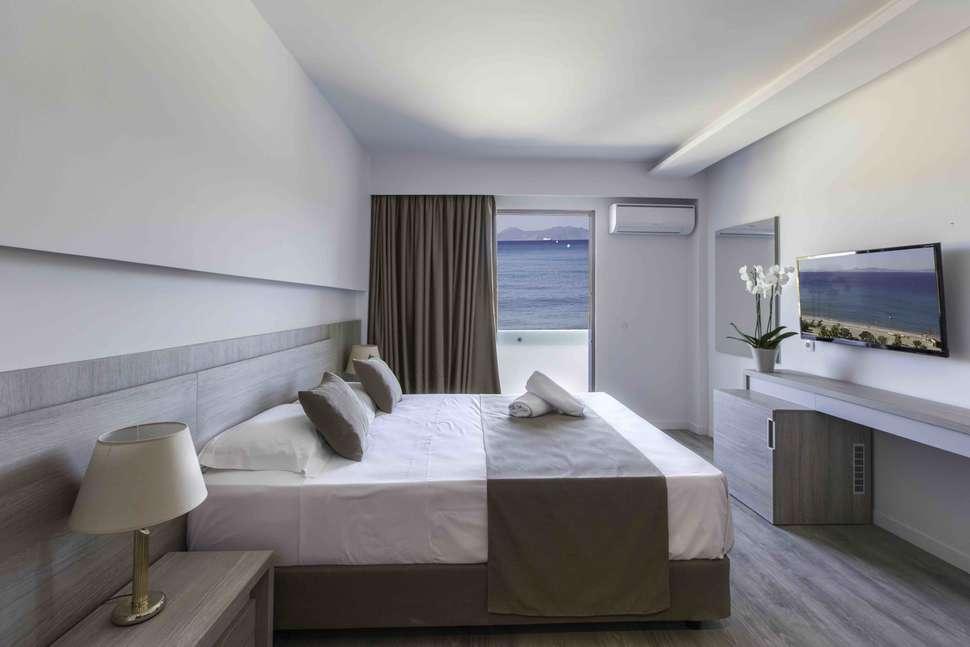 Hotelkamer van Akti Imperial Deluxe Spa & Resort in Ixiá, Rhodos, Griekenland