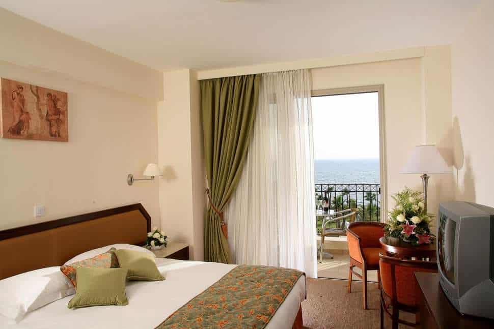 Hotelkamer van Aquamare Beach Hotel & Spa in Paphos, Paphos, Cyprus