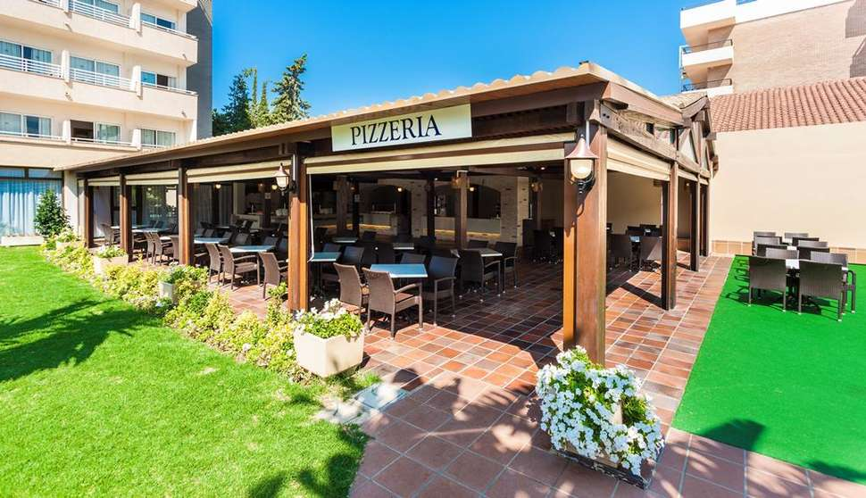 Pizzeria van Globales Santa Ponsa Park in Santa Ponsa, Mallorca, Spanje