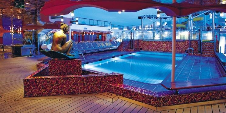 Zwembad van Cruiseschip Costa Magica