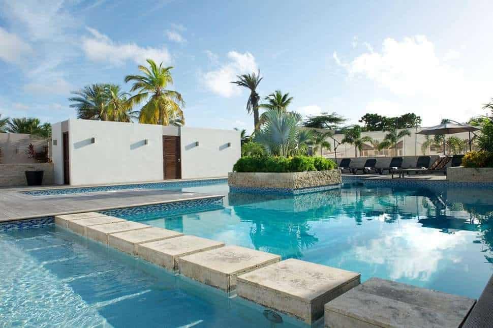 Zwembad in Trupial Inn Hotel & Casino in Willemstad, Curaçao, Curaçao