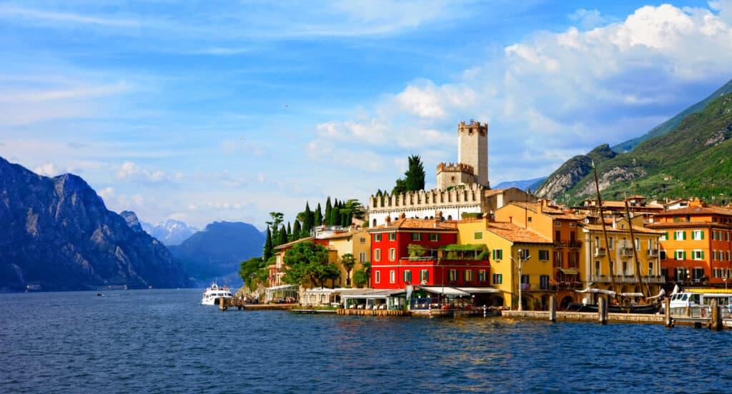Malcesina aan het Gardameer in Italië