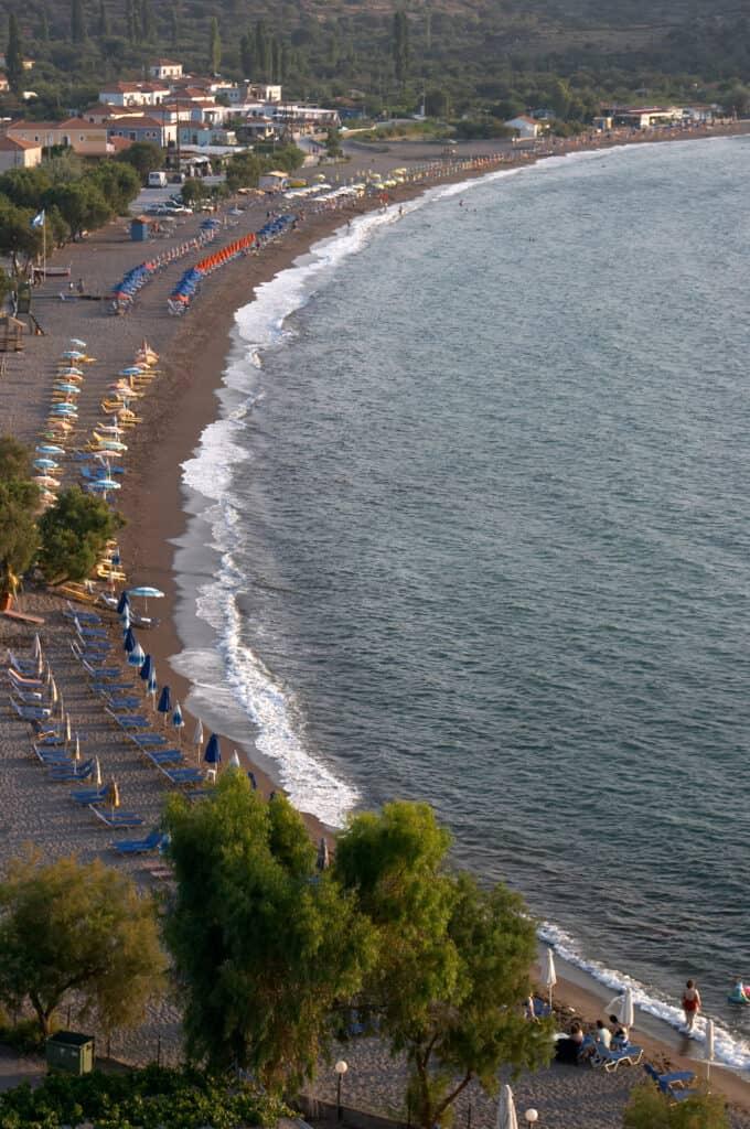 Strand van Anaxos op Lesbos in Griekenland