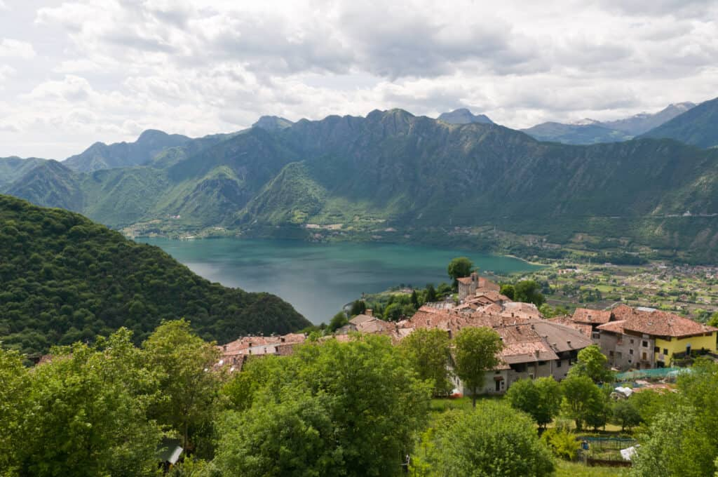 Italiaanse meren: Idro meer of Lago di Idro