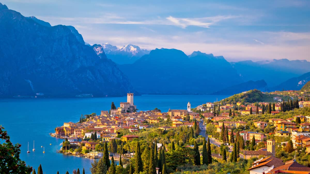 Malcesine aan het Gardameer in Italië