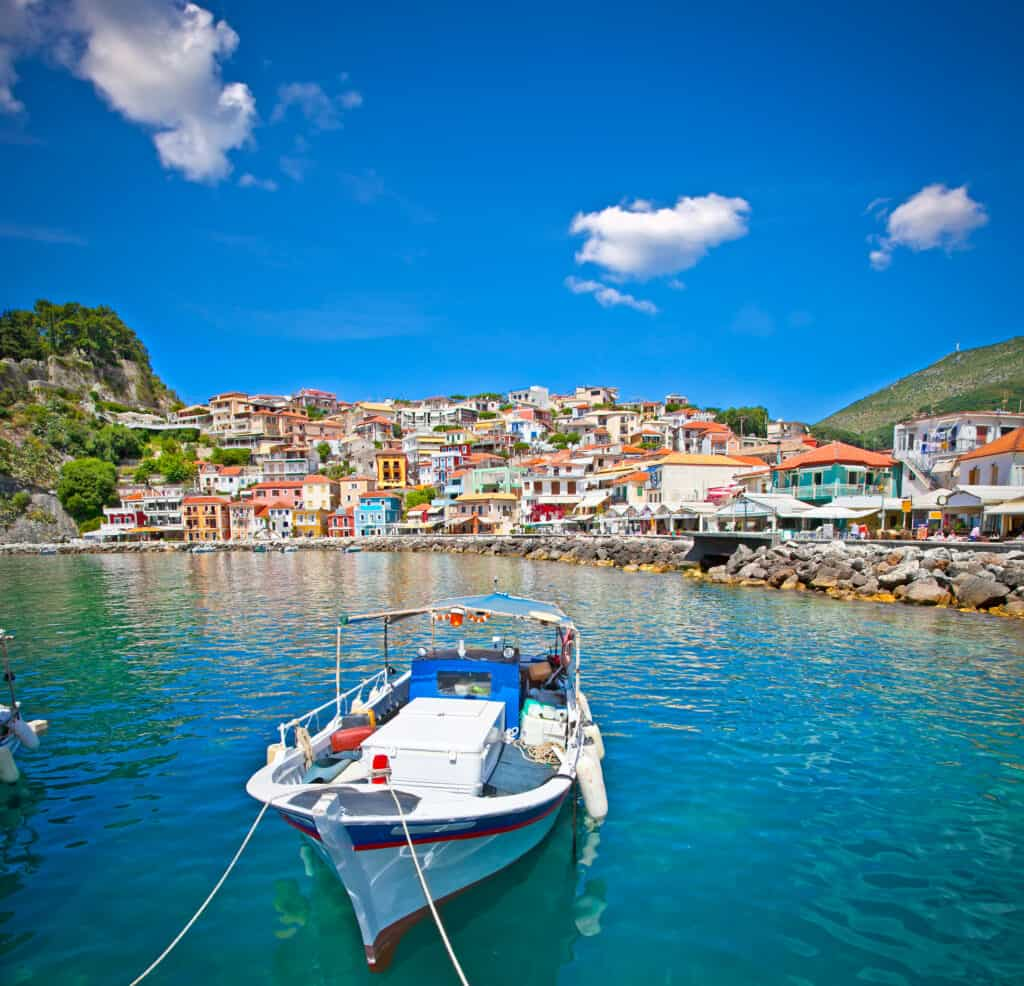 Haven van Parga in Griekenland