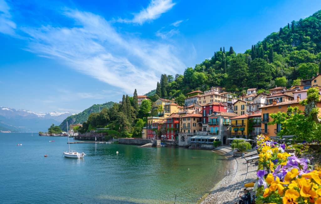 Italiaanse meren: Varenna aan het Comomeer