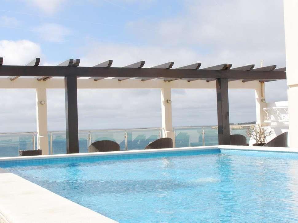 Zwembad van Algar Appartementen in Armacao de Pera, Algarve, Portugal
