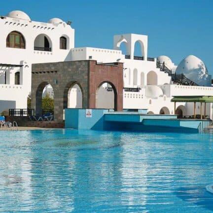 Zwembad van Arabella Azur Resort in Hurghada, Rode Zee, Egypte