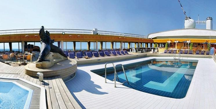 Zwembad van Cruiseschip Rotterdam
