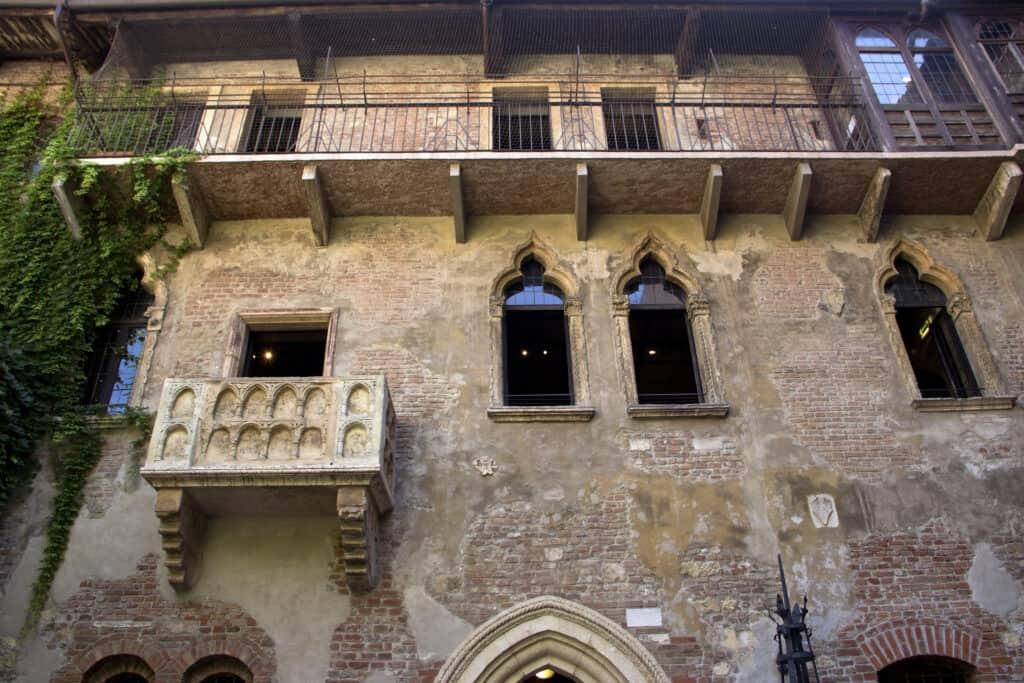 Balkon van het Huis van Julia in Verona, Italië