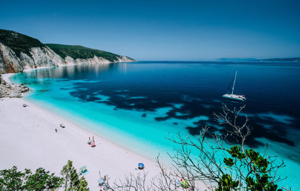 Strand van Mykonos in Griekenland