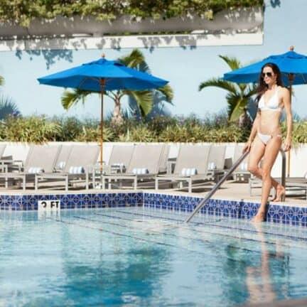 Zwembad van Miami Marriott Biscayne Bay in Miami, Florida, Verenigde Staten