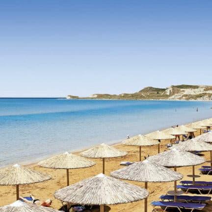 Strand van Apollonion Asterias Resort & Spa in Lixouri, Kefalonia, Griekenland