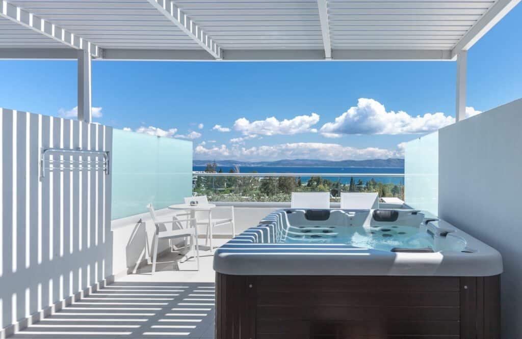 Hotelkamer met whirlpool van Blue Lagoon Ocean in Kos-Stad, Kos, Griekenland