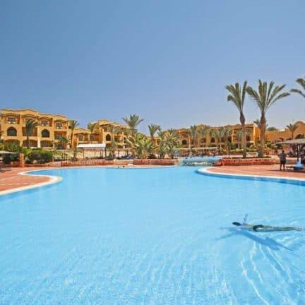 Zwembad van Jaz Solaya in Marsa Alam, Rode Zee, Egypte