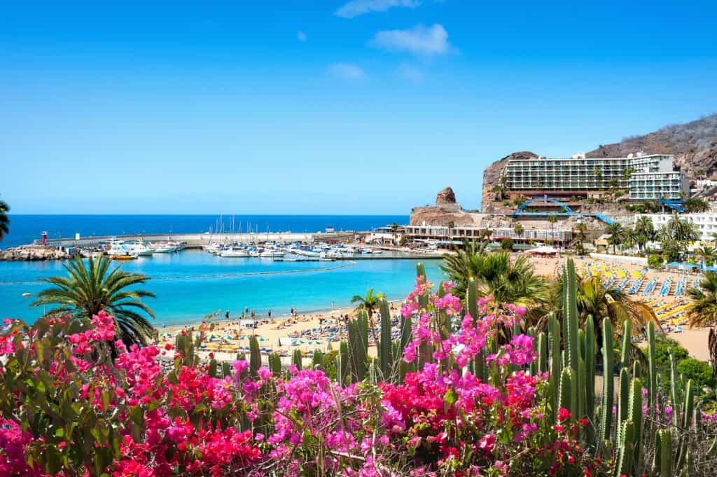 Strand van Puerto Rico op Gran Canaria