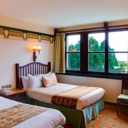 Hotelkamer van Disney's Sequoia Lodge in Marne-la-Vallée, Parijs, Frankrijk