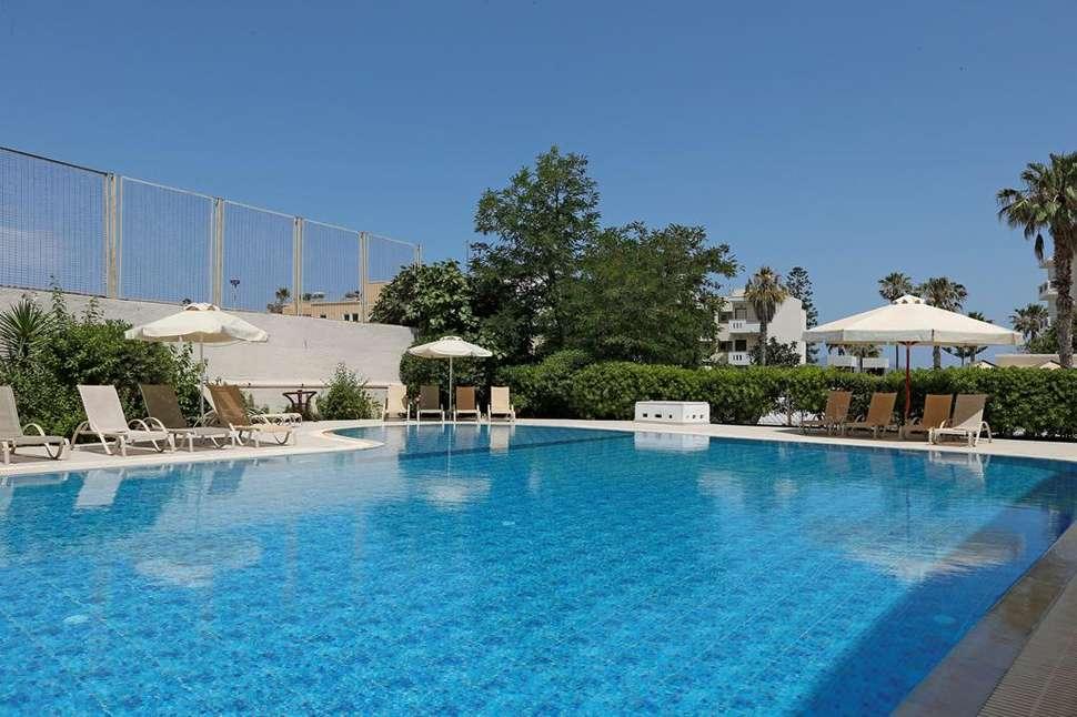 Zwembad van Appartementen Agela in Kos-Stad, Kos, Griekenland