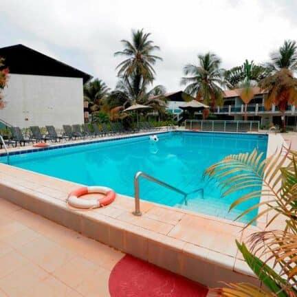 Zwembad van Bungalow Beach in Kotu, Western, Gambia