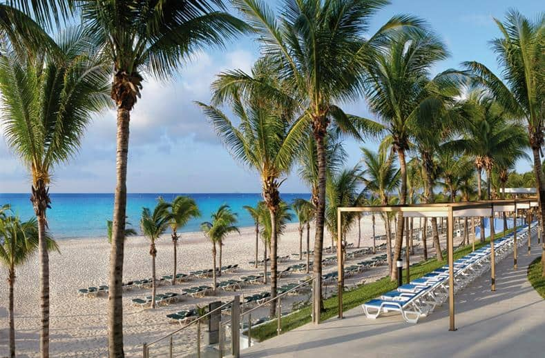 Strand van RIU Yucatan in Playa del Carmen, Mexico
