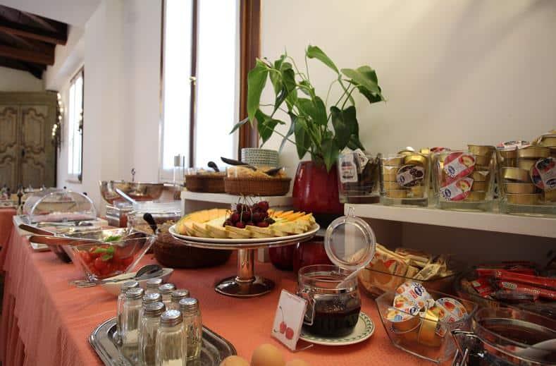 Ontbijt van Hotel Columbia in Rome, Italië