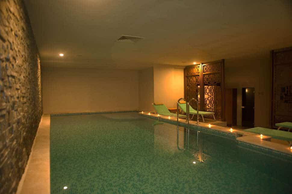 Binnenzwembad van Jiva Beach Resort