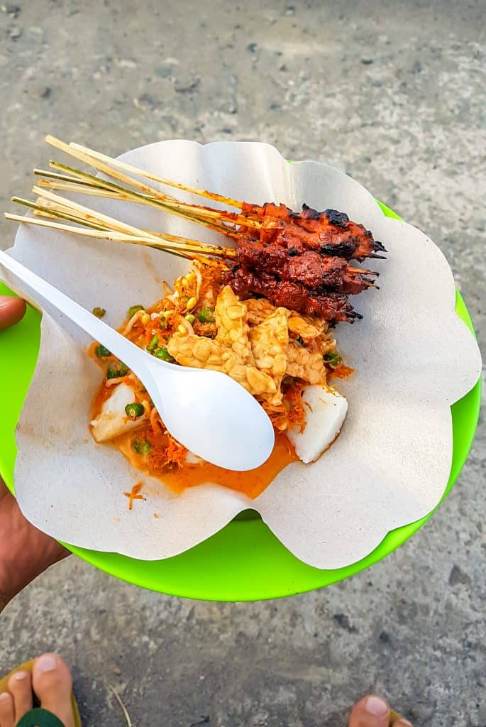 Sate Ayam in Indonesië