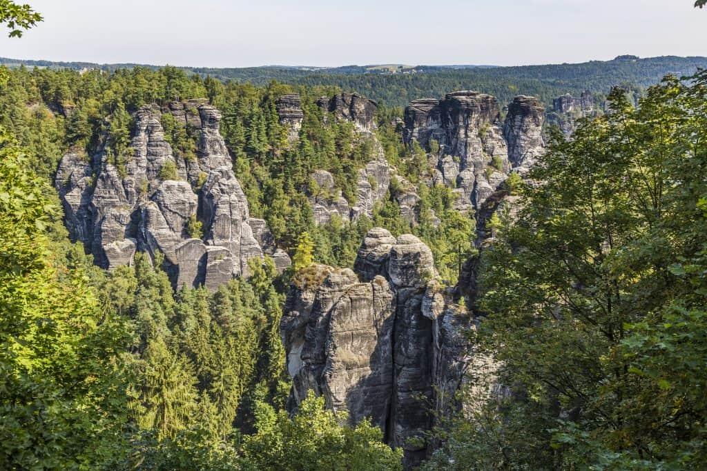 Bos en bergen in Saksen, Duitsland