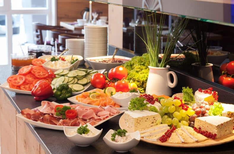 Buffet van Best Western Plus Hotel Willingen