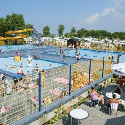Zwembad van BestCamp Nieuwpoort