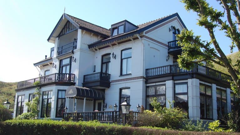 Hotel Villa de Klughte - Puur Zee in Wijk aan Zee, Noord-Holland