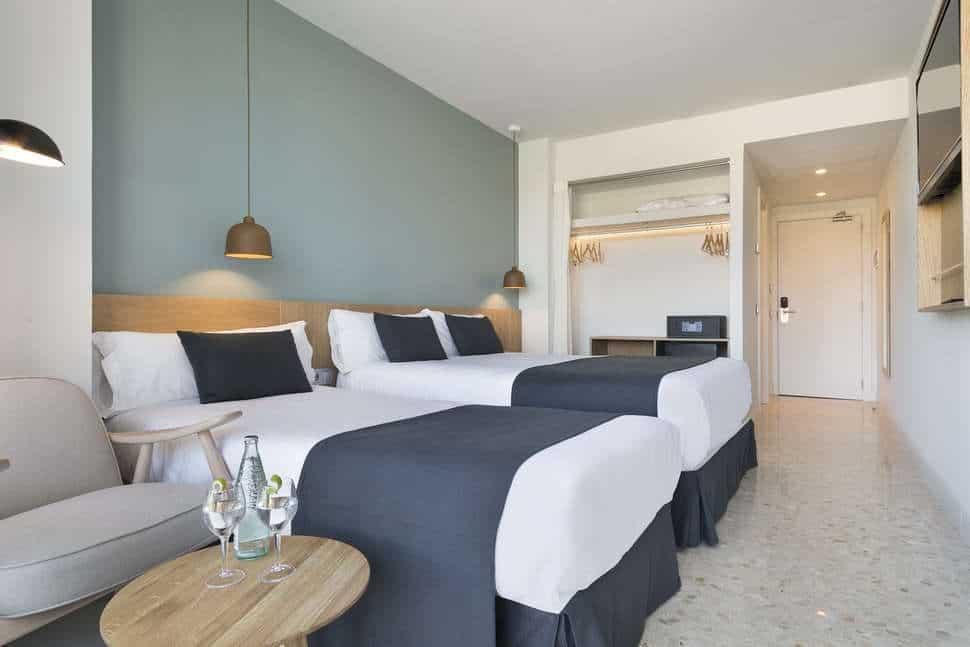 Hotelkamer van Aqua Hotel Silhouette & Spa
