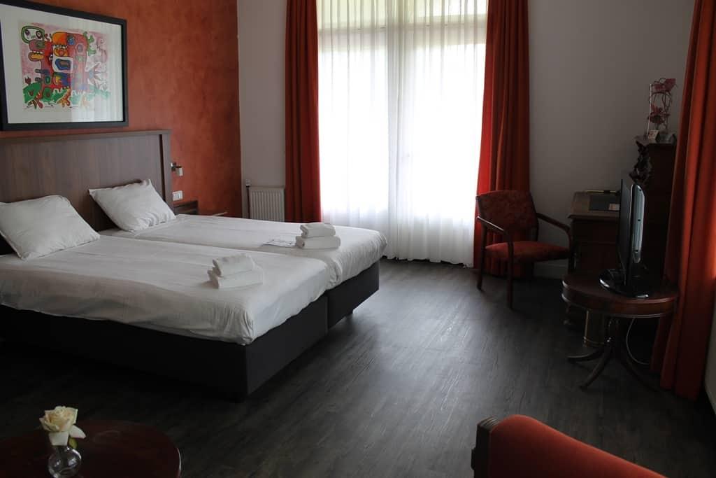 Hotelkamer van Charme Hotel Oranjeoord