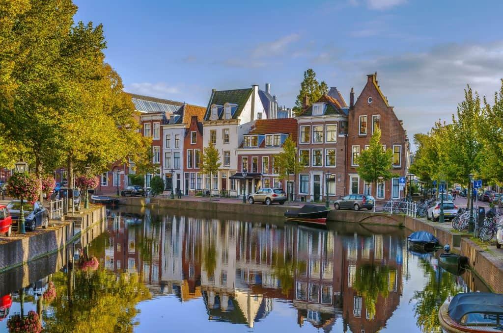 Oude centrum van Leiden in Zuid-Holland