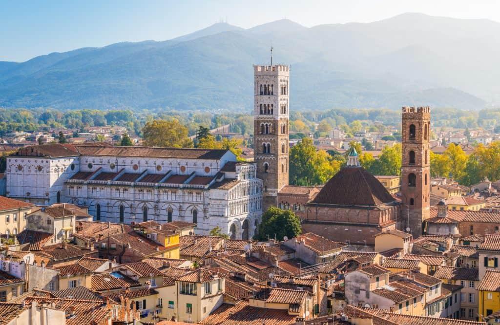 Duomo di san Martino in Lucca met toren