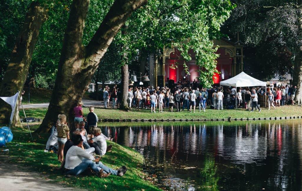 Festival in het park in Leeuwarden