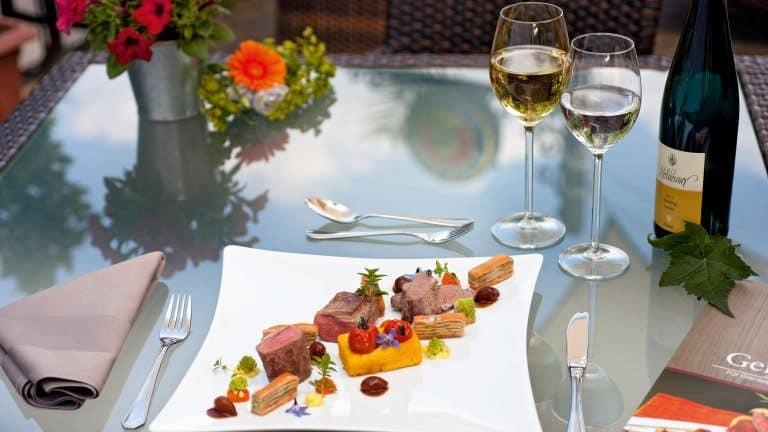 Maaltijd in restaurant van Boutique Hotel Villa Melsheimer