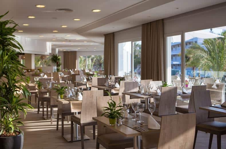 Restaurant van TUI SENSATORI Resort Ibiza