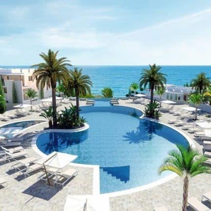 TUI BLUE Atlantica Mare Village Paphos op Cyprus