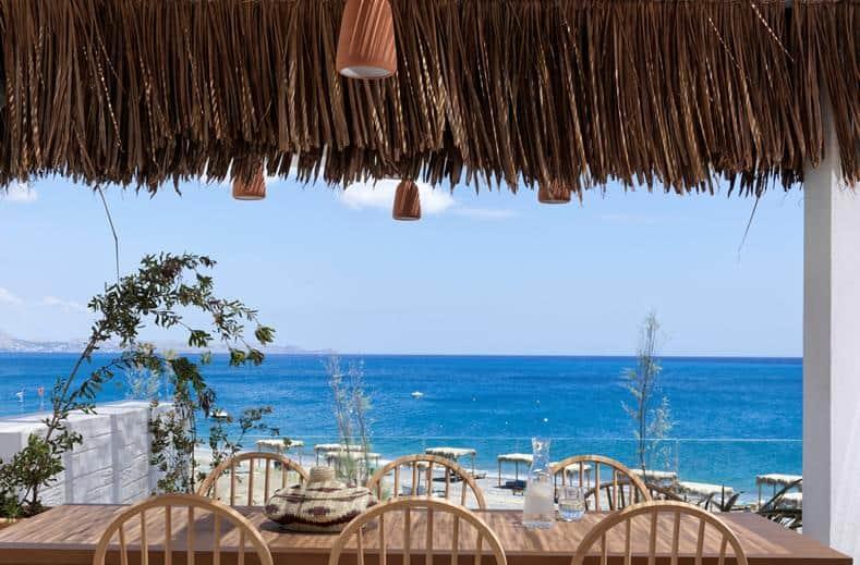 Uitzicht over zee op Rhodos, Griekenland