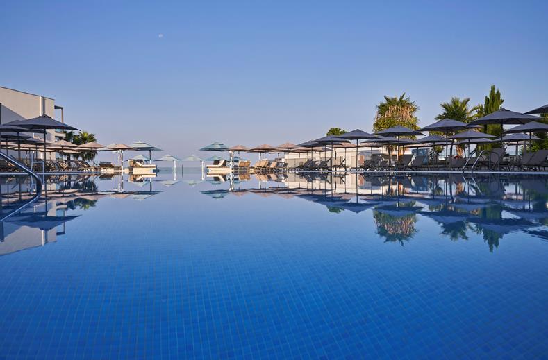 Zwembad van TUI BLUE Atlantica Mare Village Paphos