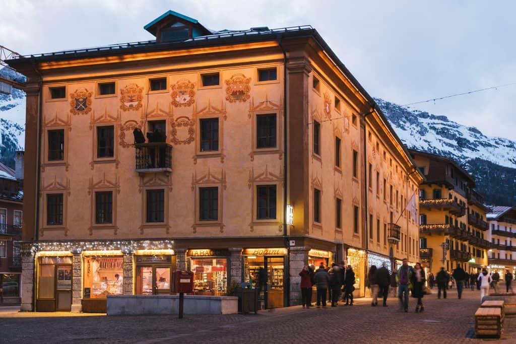 Winkelen in Cortina d'Ampezzo in Italie