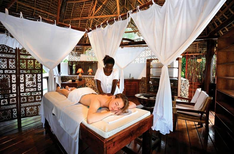 Massage in het wellnesscenter van Diamonds Mapenzi Beach