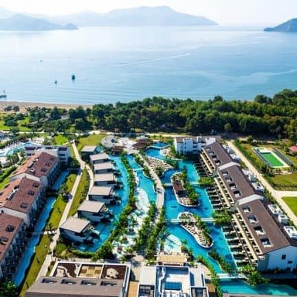 strand van The Residence at TUI SENSATORI Barut Fethiye in Turkije
