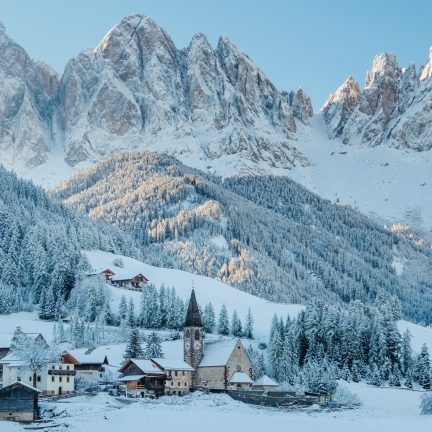 Wintersport in de Dolomieten, Italië