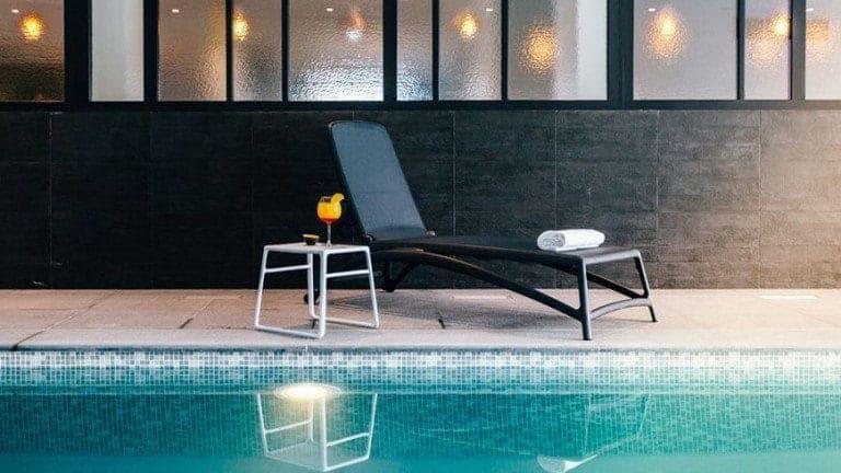 Zwembad van Holiday Suites Nieuwpoort