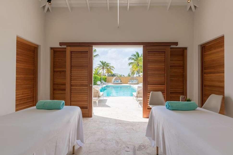 Massage van Dolphin Suites Hotel