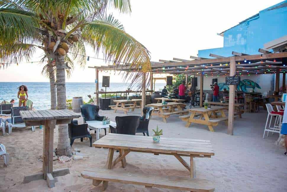 Strand van Scuba Lodge Boutique Hotel & Ocean Suites